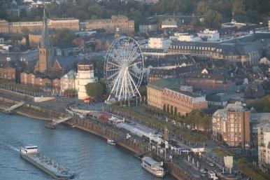 Burgplatz Düsseldorf (vom Rheinturm aus aufgenommen)